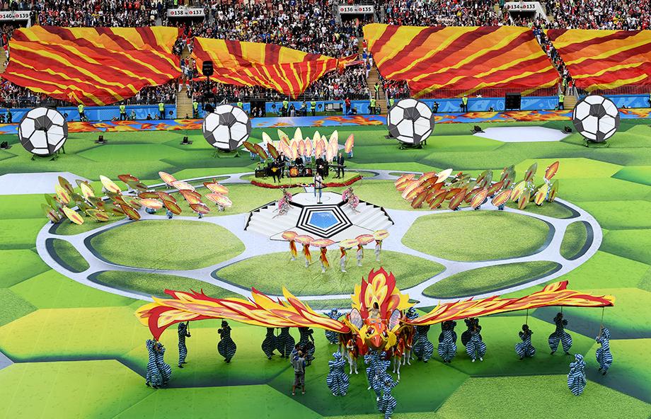 Чемпионат мира по футболу впервые в России!