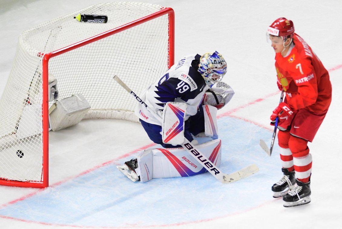 России разгромила сборную Франции